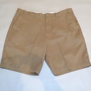 Casuals Roundtree & Yorke RELAXED FIX New Shorts